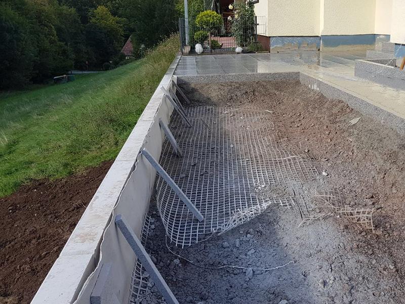 Stützmauer Aus Naturstein Für Haus Und Garten Von Galabau Stolz