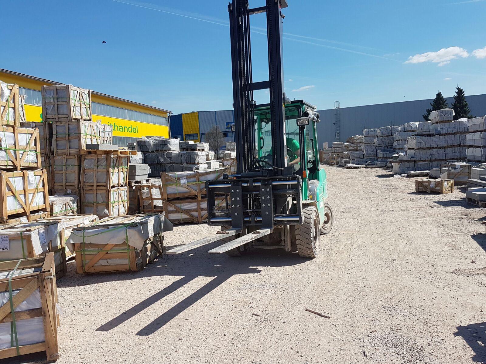 Gabelstapler - Stolz GmbH Bauunternehmung - Mietservice